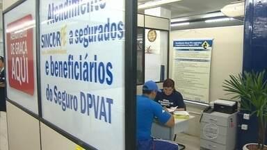 Começa a funcionar na sede do Detran-PE o atendimento para tirar dúvidas sobre o DPVAT - O DPVAT é o seguro pago a vítimas de acidente de trânsito.