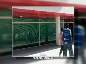 Sete agências bancárias e uma dos Correios são autuadas em Maricá, no RJ - Ação foi do Procon Estadual e aconteceu nesta terça (4).