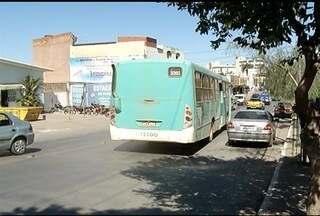 Invadir faixa exclusiva para ônibus passa a ser infração gravíssima - Multa passa ser de R$ 191,54 e ainda são registrados 7 pontos no prontuário do motorista.