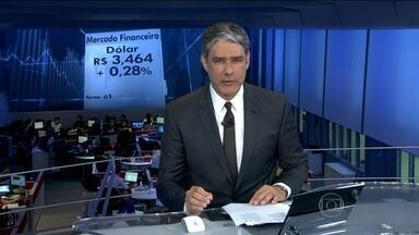 Dólar sobe pelo quarto dia seguido e fecha a R$ 3,464 - Os analistas dizem que, em parte, é a preocupação dos investidores com a crise política. E, em parte, com a possibilidade de uma alta de juros nos EUA.