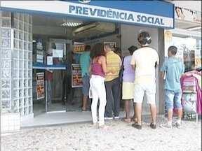 Servidores do INSS do Vale do Aço continuam em greve - Greve começou em 15 de julho.