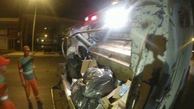 Moradores reclamam do barulho na coleta de lixo - Pelo Whatapp, o Bom Dia DF recebeu muitos recados de moradores que reclamam do barulho que os caminhões de lixo fazem durante a coleta.