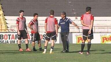 Botafogo-SP contrata novo reforço para a disputa da série D do Campeonato Brasileiro - Equipe volta a campo neste sábado (8) contra o Villa Nova, de Minas Gerais.