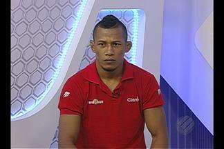Iuri Marajó participa do Globo Esporte - Lutador do UFC comenta vitória no UFC Rio, no último sábado.