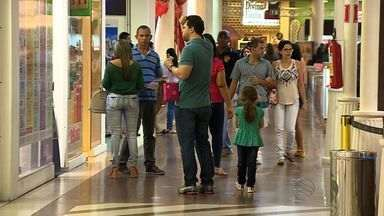 Dia dos Pais movimenta a economia sergipana - Dia dos Pais movimenta a economia sergipana.