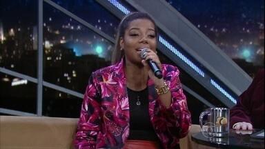 """Ludmilla canta um de seus grandes sucessos no Programa do Jô - Atendendo a pedido da plateia, ela canta a música """"Hoje"""""""