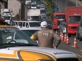 Nova blitz identifica motoristas com IPVA em atraso em Caxias - cinquenta e dois veículos foram removidos.