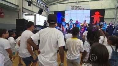 Novo Espaço Criança Esperança em BH recebe comunidade com dança e muitas brincadeiras - Local foi inaugurado no sábado (8) no Aglomerado da Serra, na Região Centro-Sul da capital mineira.