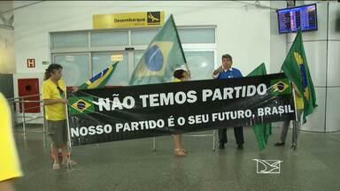 Dilma Rousseff visita Maranhão para cumprir agenda de inaugurações - A presidente participou da solenidade de entrega de unidades do programa Minha Casa Minha Vida, na zona rural de São Luís. À tarde, ela realiza inauguração do terminal de grãos do Maranhão.