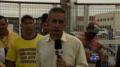 Protesto pede mais tolerância na fiscalização das 'cinquentinhas' em Alagoas - Condutores querem prazo para adequação ao emplacamento obrigatório.