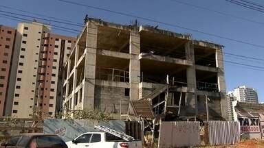 Moradores de Águas Claras fazem mapeamento de prédios abandonados na cidade - Preocupados com o número de construções abandonadas, moradores fizeram um levantamento para entregar à administração regional.