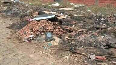 Moradores da Vila Irmã Dulce reclamam da falta de calçamento e saneamento básico - Moradores da Vila Irmã Dulce reclamam da falta de calçamento e saneamento básico