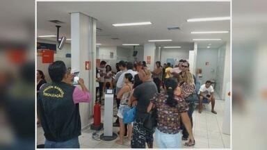Agências bancárias são notificadas em fiscalização do Procon Manaus - Demora no atendimento e não emissão de senha foram constatadas.