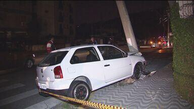 Acidentes de trânsito chamam a atenção em São Vicente - Os dois acidentes causaram transtornos durante o trânsito na cidade.