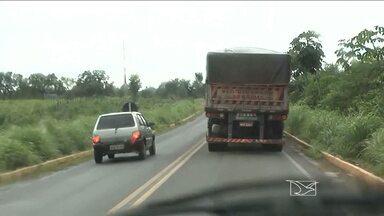 Aumenta número de acidentes graves nas rodovias da região sul do Maranhão - Aumenta o número de acidentes graves nas rodovias da região sul do Maranhão. Excesso de velocidade e ultrapassagens em locais proibidos são as causas mais frequentes. Um levantamento do Samu mostra que só agora em agosto o número de atendimentos a vítimas de acidentes aumentou mais de 60%.