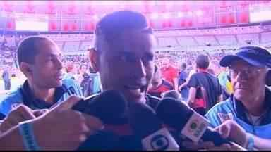 Everton diz que Flamengo esteve muito abaixo: ''Clássico tem que entrar mais ligado'' - Jorge Henrique fez o gol da vitória vascaína no Maracanã.