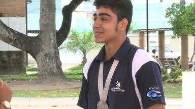 Alagoano é reconhecido no Brasil e exterior por desenvolver técnica na Construção Civil - Jovem arapiraquense, Weverton Guilherme Santos, 21 anos, fala sobre o campeonato.