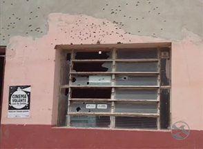 Caixas eletrônicos de duas agências bancárias são explodidos em Betânia - Pelo menos 15 pessoas teriam participado da ação, segundo a polícia.