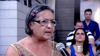 Dona Eliomar tentou tirar uma mancha do pescoço do sobrinho com palha de aço - Ela procurou tratamento e já está melhor do 'TOC'