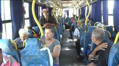 Pacientes renais de Açailândia reclamam das condições do transporte até Imperatriz - Pacientes renais de Açailândia reclamam das condições do transporte até Imperatriz