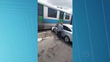 Falta de sinalização adequada causa acidentes em cruzamentos de linhas férrea - Autoconfiança dos condutores de veículos também causa riscos.