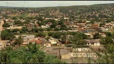 Furto de equipamento deixa 5 mil pessoas sem água em Santo Antônio de Goiás - Quadro de comando é responsável por distribuir a água para os canos. Como aparelho é feito sob medida, problema deve ser resolvido em dois dias.