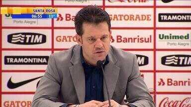 Esporte: Argel fala sobre a dupla Nilton e Rodrigo Dourado no Inter - Técnico gosta do dinamismo do time com os jogadores.