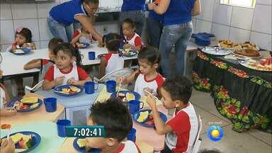 Veja dicas de como estimular as crianças a terem uma alimentação saudável - Segundo pesquisa do IBGE, as crianças do nordeste não tem consumido alimentos nutritivos.