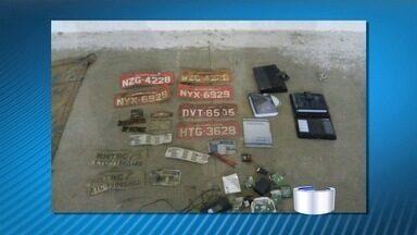 Casal é preso em Taubaté suspeito de roubar carretas - A suspeita é que eles tenham roubado dois veículos