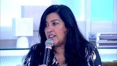Regina Casé fala de sua personagem no filme 'Que Horas Ela Volta?' - 'A casa da Val é quase a casa dos patrões, mas isso esta mudando', comenta Regina sobre personagem do filme