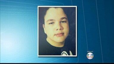 Sargento é indiciado por matar jovem que furou blitz em Escada - Adolescente foi atingido na cabeça com um tiro de fuzil, em junho
