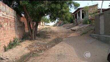 Moradores da Zona Sul reclamam de rua sem pavimentação e pedem providências - Moradores da Zona Sul reclamam de rua sem pavimentação e pedem providências