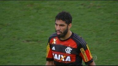 Em busca da 5ª vitória seguida, Flamengo enfrenta o Cruzeiro no Maracanã com desfalques - Canteros e Márcio Araújo estão suspensos, Armero e Wallace ainda com dores e não jogam.