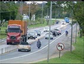 Confira o tempo e o trânsito em Campos e Macaé, RJ, na manhã desta terça-feira - Previsão é de chuva nas cidades.