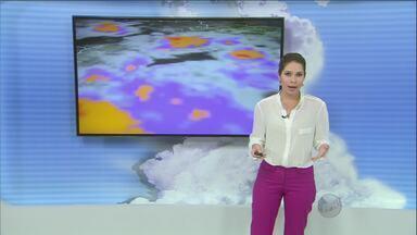 Chuva continua nesta quarta-feira em toda região de Campinas, SP - O volume de água previsto para esta quarta-feira (9) deve ser ainda maior que na terça-feira (8).