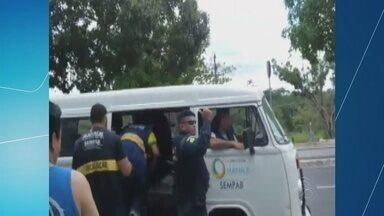Imagens mostram guardas agredindo homem, em Manaus - Secretaria apura vídeos para tomar providências