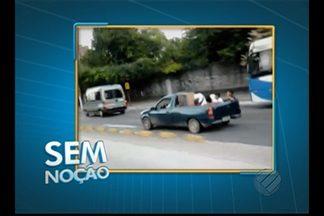 Caminhonete transporta pessoas em carroceria - Infração é gravíssima, segundo a Semob.