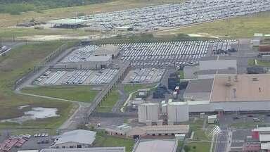 Funcionários da Ford de Camaçari têm férias coletivas a partir da próxima semana - Situação foi provocada pela queda na venda de automóveis em todo o Brasil.