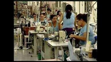 Número de desempregados aumenta em Colatina, ES - De janeiro a julho de 2015 quase 700 pessoas perderam o emprego.