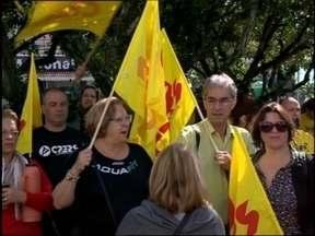 Audiência Pública discute situação de servidores estaduais de Pelotas - Encontro ocorreu em frente ao prédio do 4º Batalhão da Polícia Militar