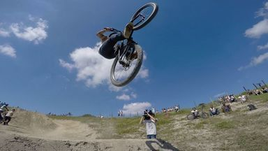 Em Movimento: bike no haras - A galera que transforma o haras em pista para matérias radicais