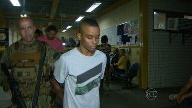 Policiais do Batalhão de Operações Especiais prendem chefe do tráfico na Vila Aliança - Os policiais do Batalhão de Operações Especiais prenderam na última terça-feira (15), um homem apontado como chefe do tráfico na favela Vila Aliança.