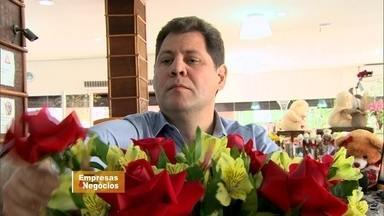 Ajudante de floricultura monta maior site de vendas de flores do país - Tudo começou quando ele tinha dez anos. O objetivo foi alcançado com muita determinação.
