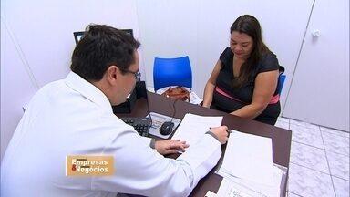 Clínicas médicas expressas atraem pacientes que não têm plano de saúde - Público alvo são pessoas que não podem esperar pra ser atendidas e quem não tem plano de saúde.