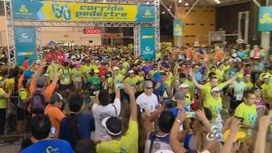 Confira a largada dos 10km da 60ª Corrida Pedestre Henrique Archer Pinto - Prova foi realizada na manhã deste domingo, com largada e chegada no Studio 5, na Zona Sul de Manaus.