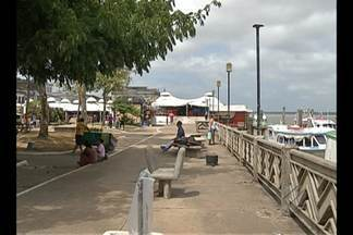 Praça do Pescador é alvo da ação de assaltantes - Pessoas que trabalham ou passam pelo local denunciam roubos.