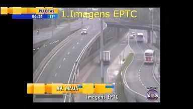 Confira as informações do trânsito na Região Metropolitana do RS nesta quarta-feira (23) - Assista ao vídeo.