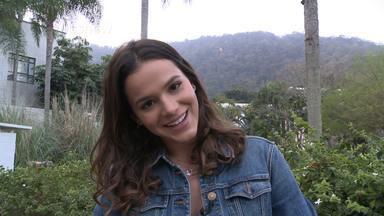 Bruna Marquezine relembra funk do 'Dança 2013': 'Estava solta e animada' - Atriz dá sua dica para a mulherada da edição 2015 do quadro arrasar no palco do 'Domingão do Faustão': 'Divirtam-se, pensem que estão saindo para o baile'