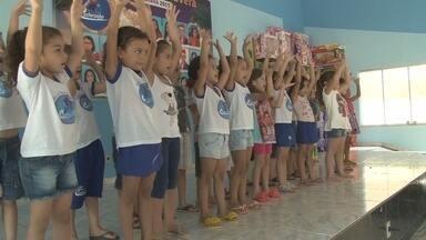 Festa da Primavera será realizada em Ariquemes - Alunos de uma pré escola estão ensaiando para o evento que tem o objetivo de arrecadar fundos para os professores.
