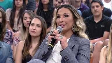 Valesca Popozuda comenta o investimento que faz em seus clipes - Cantora diz que trabalha e guarda dinheiro para realizar seus projetos